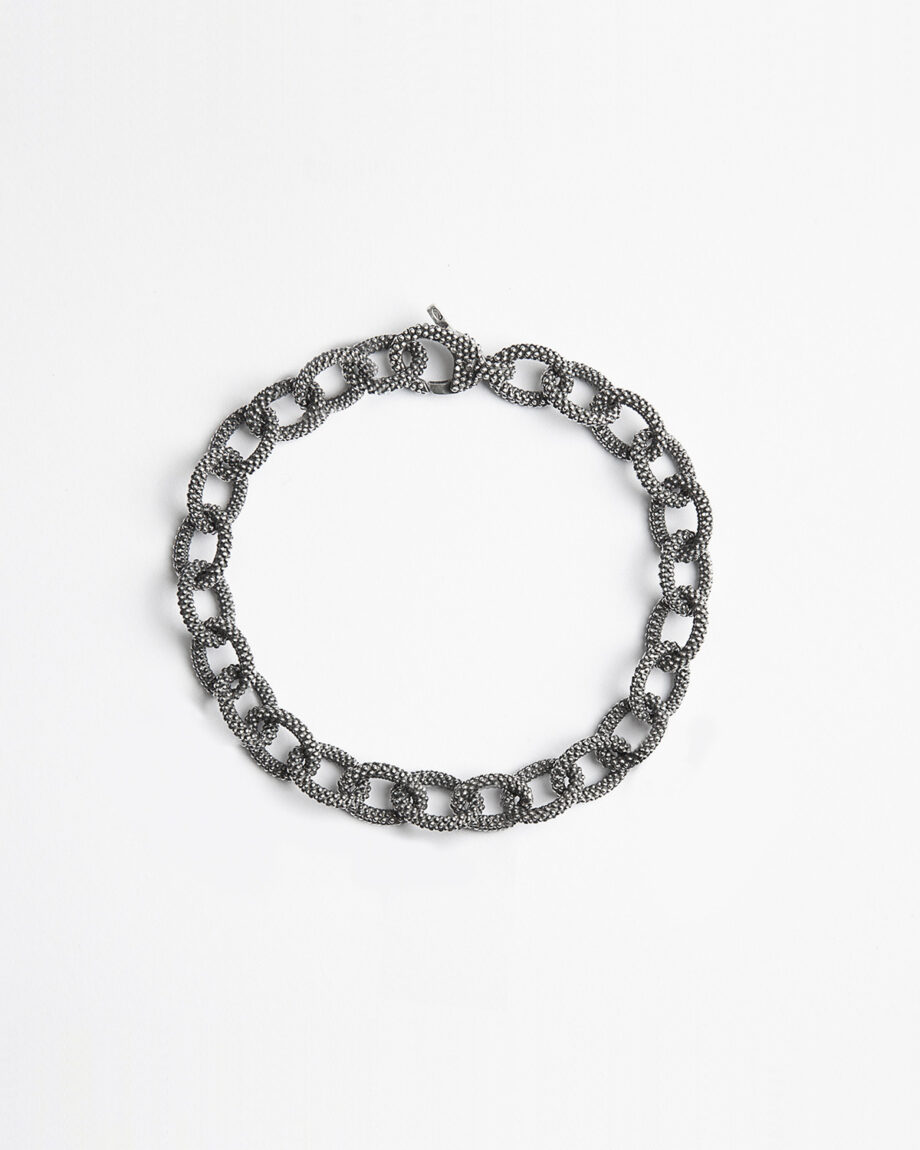 dotted-oval-chain-bracelet